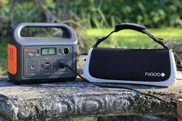 jackery-portable-power-station-camping-generator