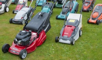 Top 10 Lawn Mowers to buy in 2019 | Cheap & Cordless